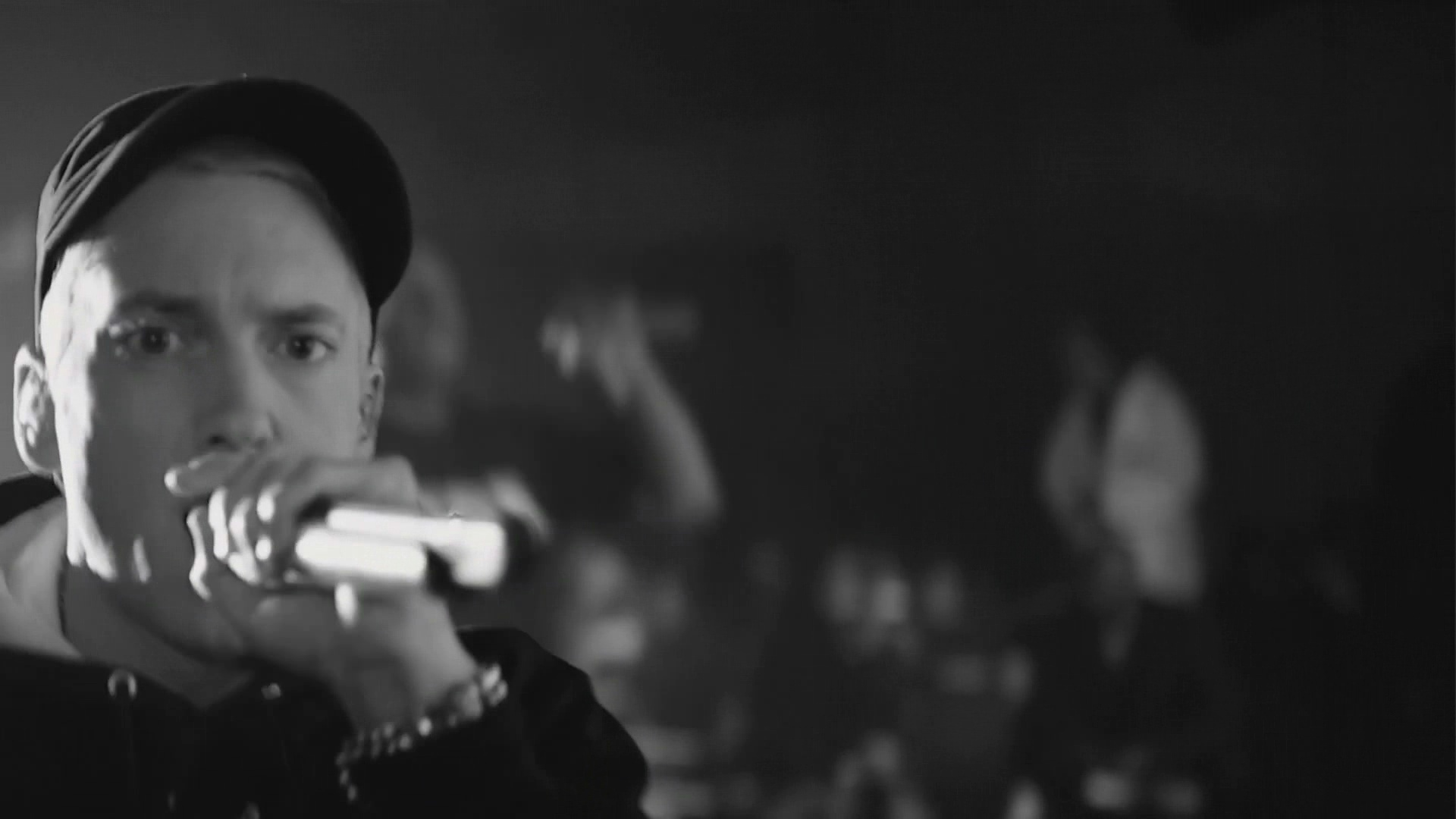 Eminem - Rap God Live ...